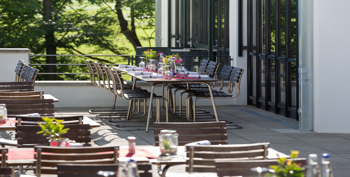 Restaurant in the green B&O Parkhotel in Bad Aibling