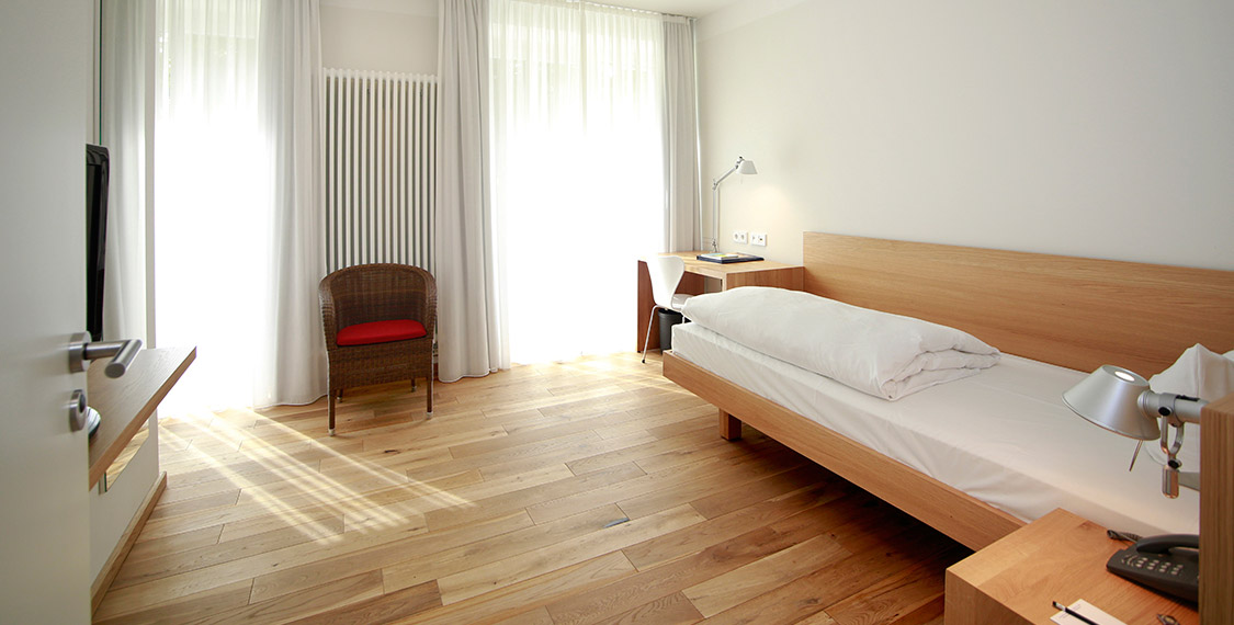 Rooms & Prices in the green conference hotel B&O Parkhotel in the Bavarian countryside